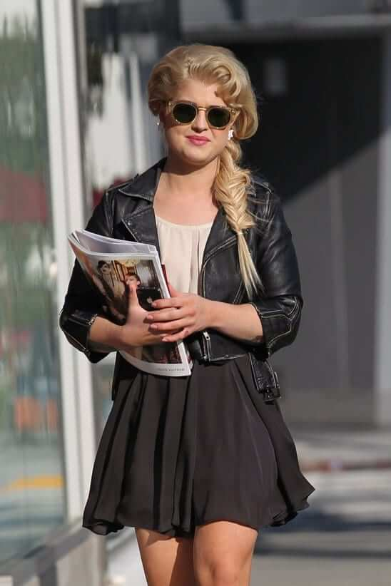 Kelly Osbourne hot picture