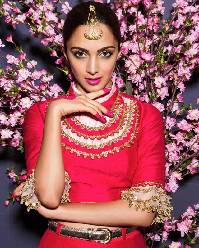 Kiara Advani Beautifull Red Dress