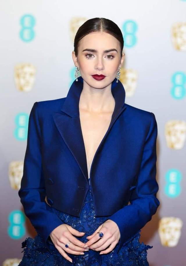 Lily Collins sexy blue dress