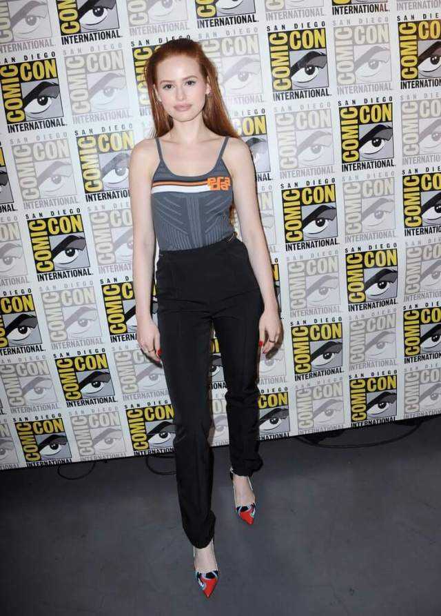 Madelaine Petsch awesome pics (2)