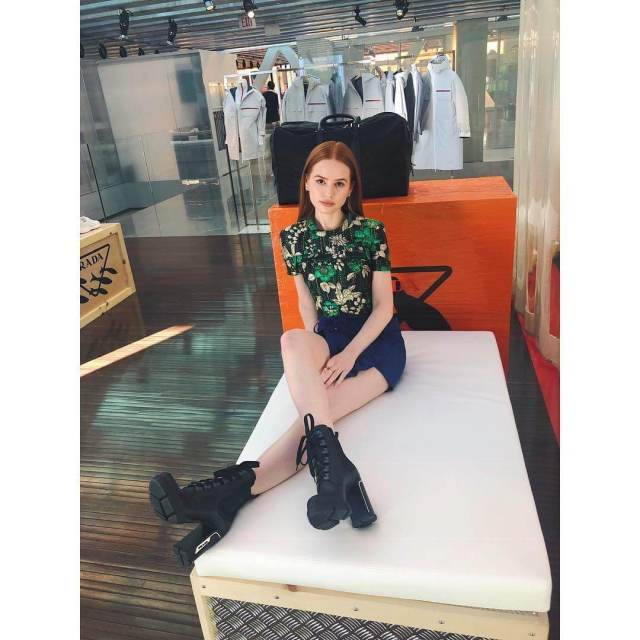Madelaine Petsch legs awesome