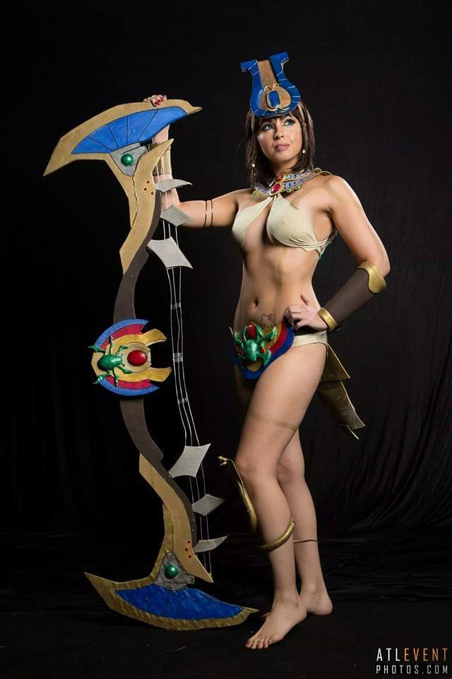 Neith Smite sexy side pictures