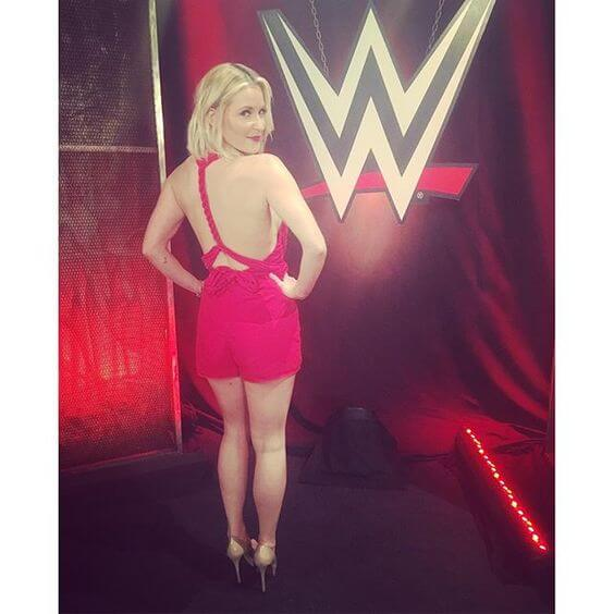 Renee Young sexy cleavages photo