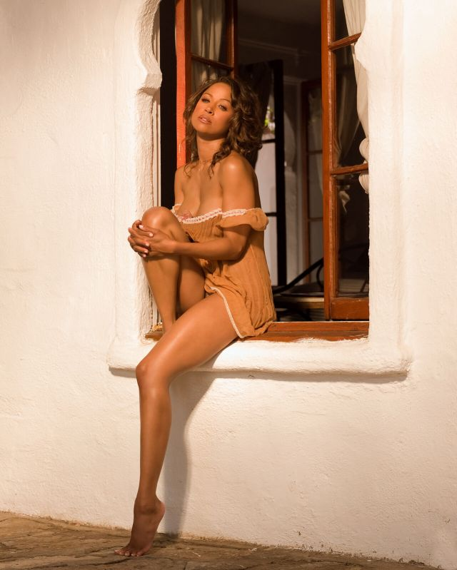 Stacey Dash awesome cleavages