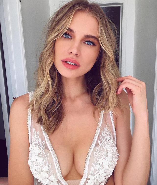Tanya Mityushina Sexy Big Boobs