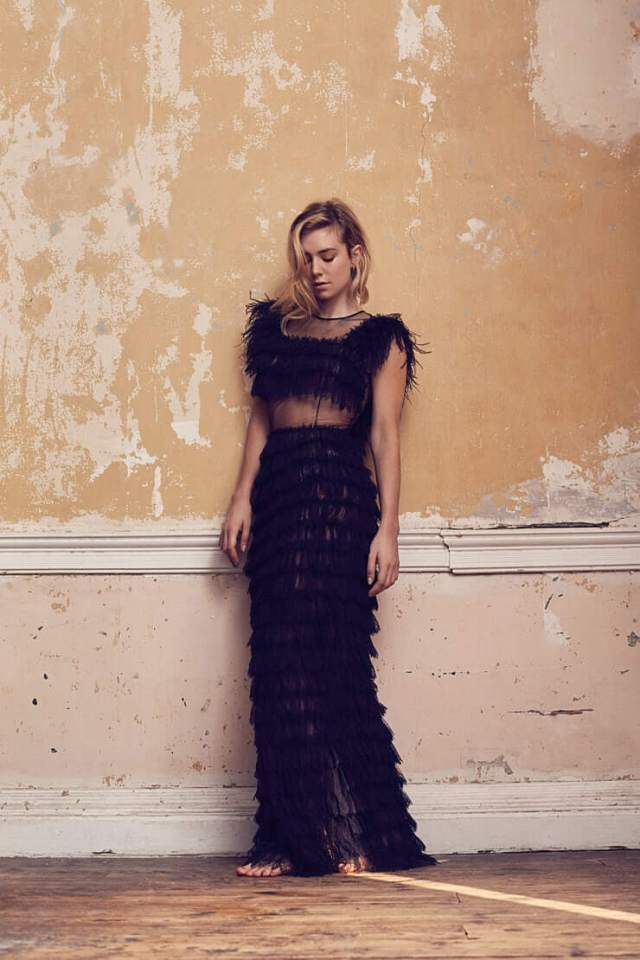 Vanessa Kirby awesome photo (2)