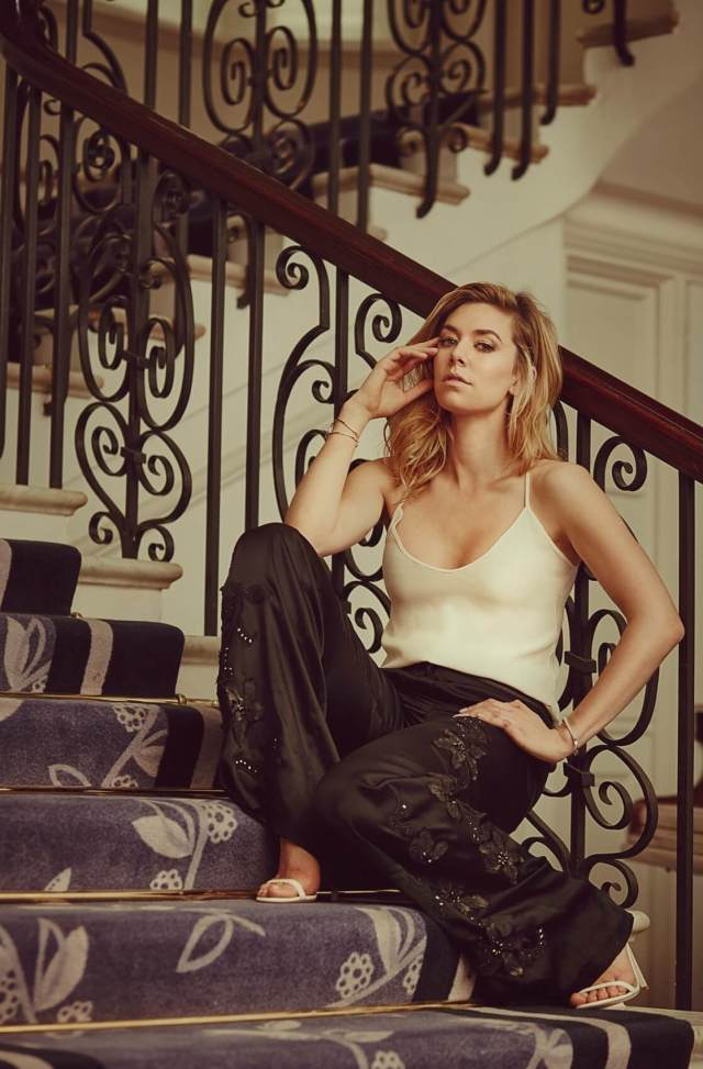 Vanessa Kirby hot cleavages pic