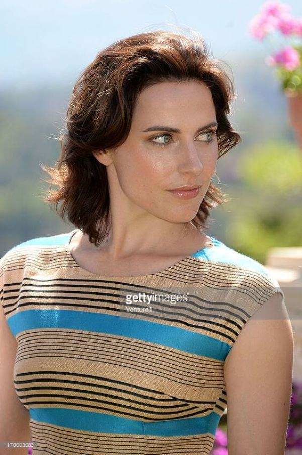 antje traue gleaming face
