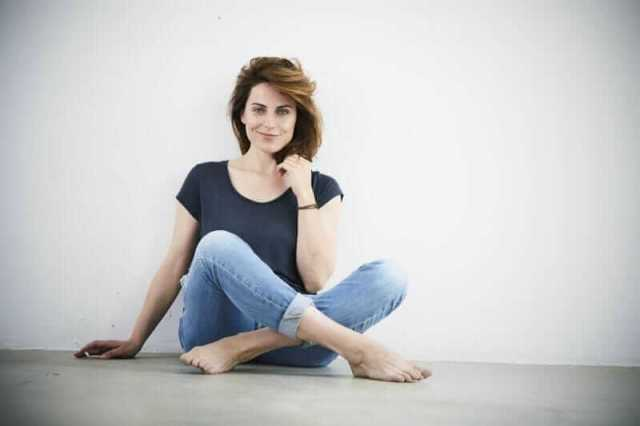 antje traue hot toes
