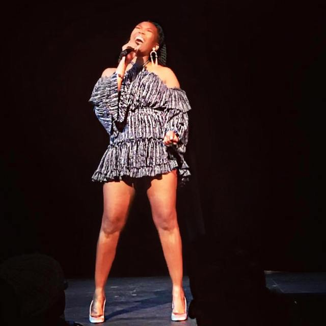 brandy norwood hot thighs