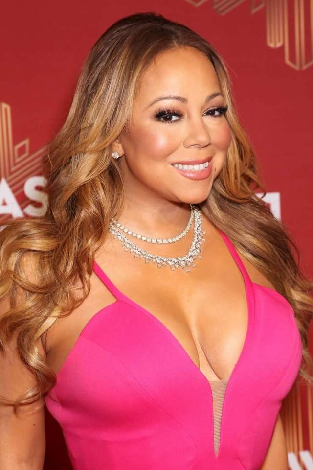 mariah carey cleavage photo