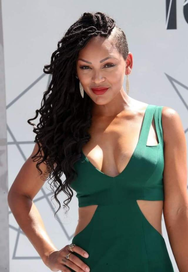 meagan good cleavage photo