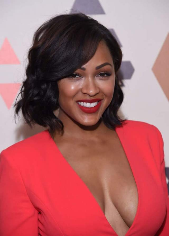 meagan good cleavage pics01