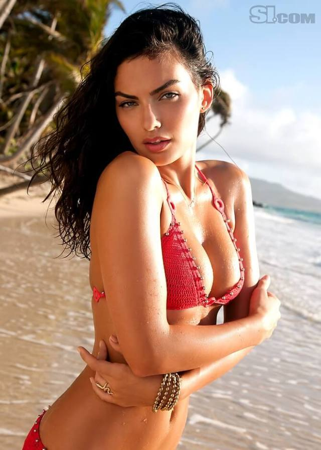 Alyssa Miller GÇô Sports Illustrated Swimsuit 2011 Photoshoot (MQ) (19)