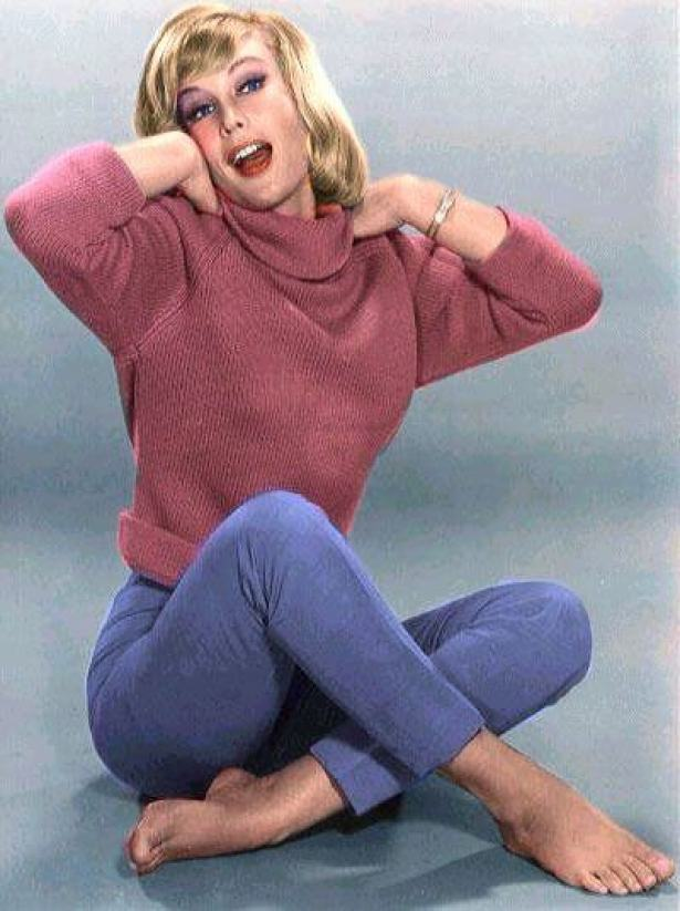 Barbara Eden AWESOME