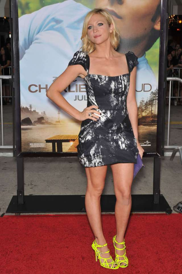 Brittany Snow hot pic