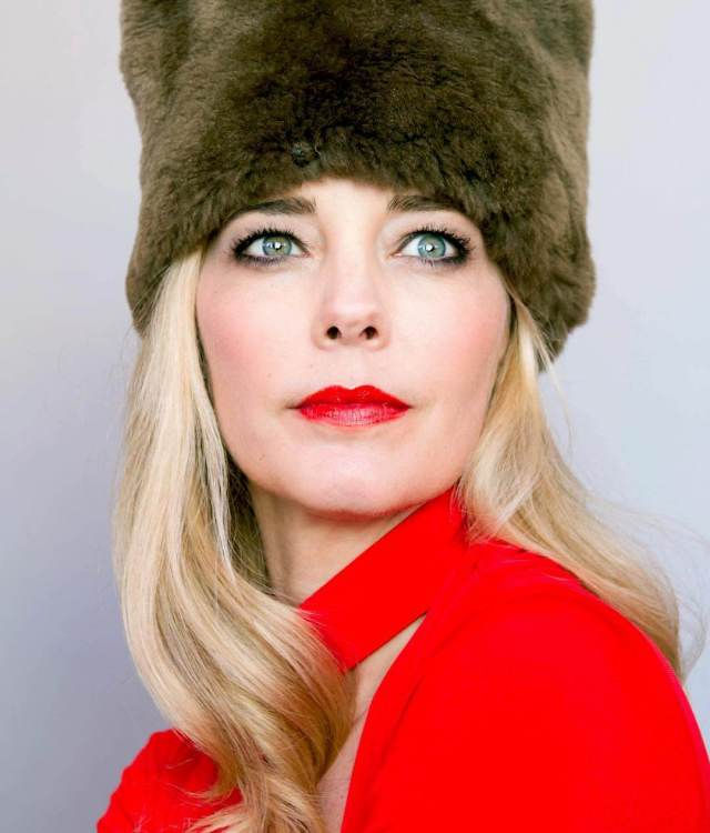 Christina Moore sexy red lips