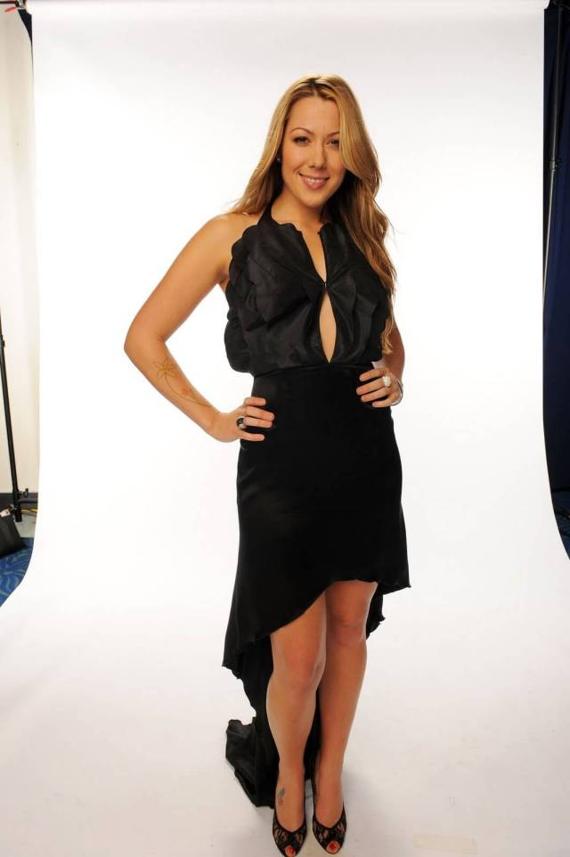 Colbie Caillat sexy pics