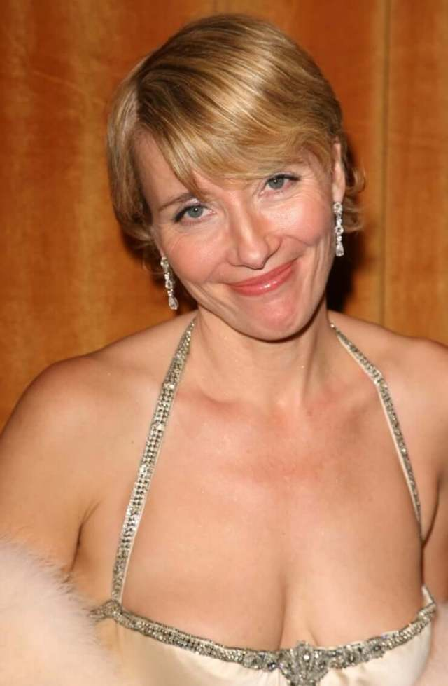 Emma Thompson hot cleavage photo