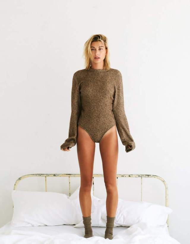 Hailey Bieber hot pictures