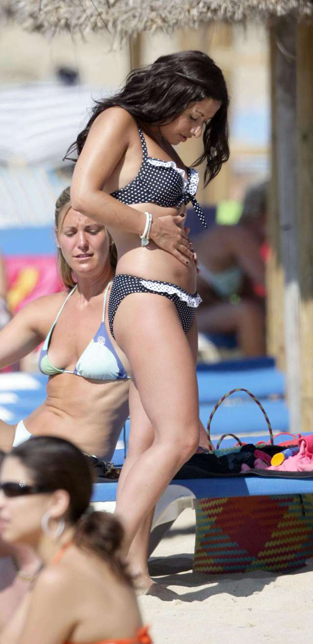 Hayley Tamaddon hot pictures (2)