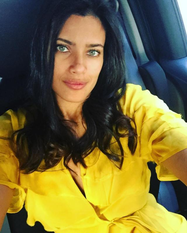 Ildi Silva Hot in Yellow Dress
