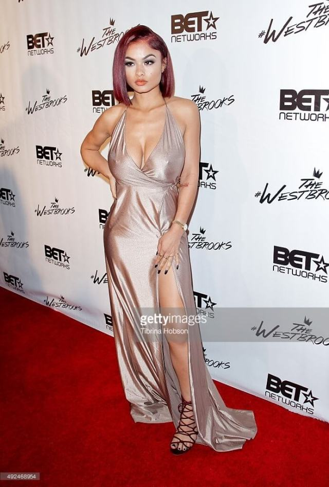 India Love hot busty pic