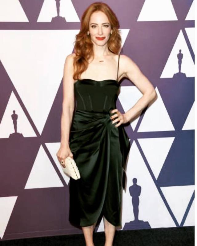 Jaime Ray Newman cleavages pics'