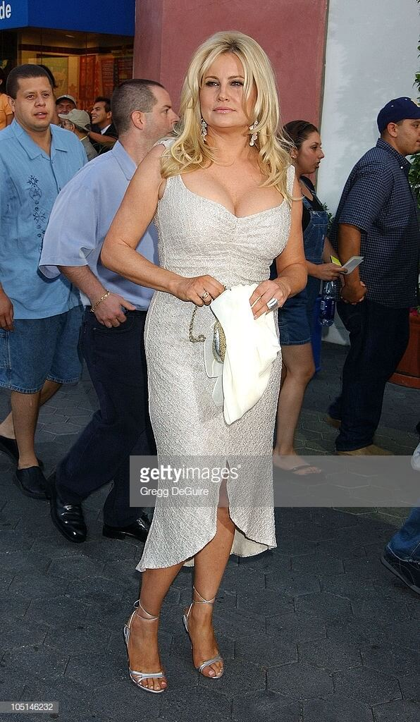 Jennifer Coolidge seexy pictures