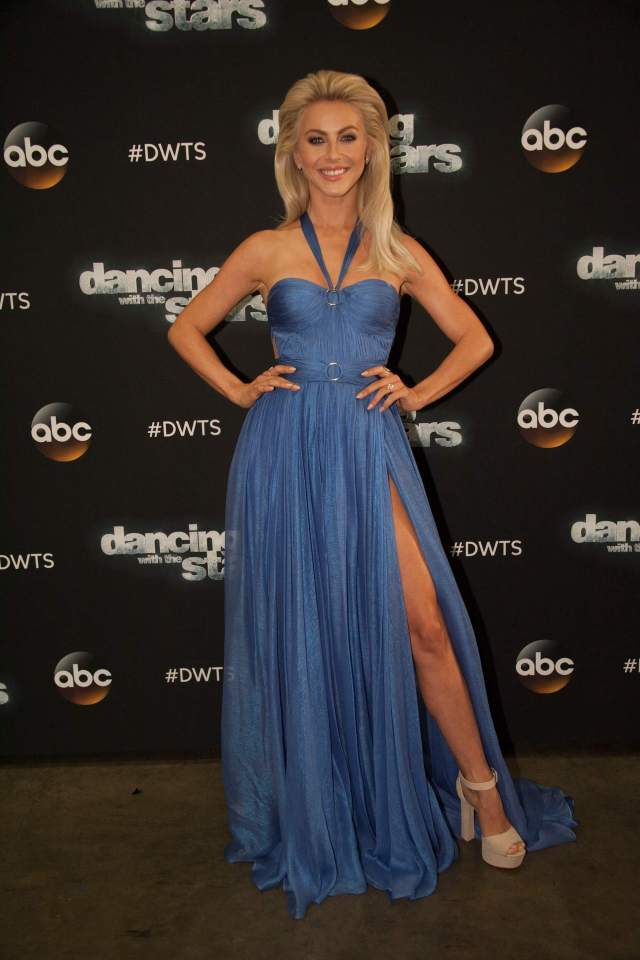 Julianne Hough sexy blue dress