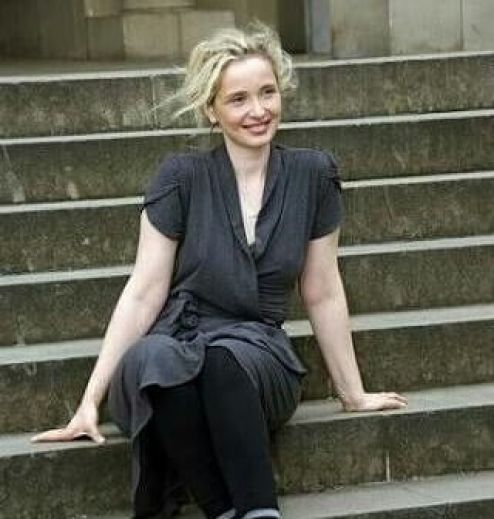 Julie Delpy sexy pcitures