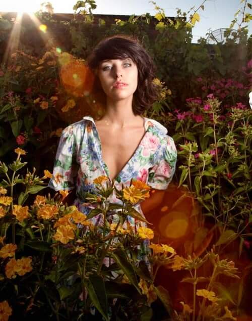 Kimbra Lee Johnson hot pictures