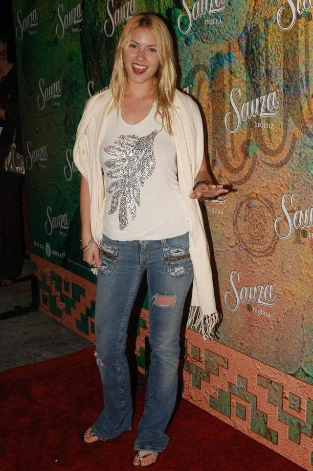 Laura Ramsey awesome photos