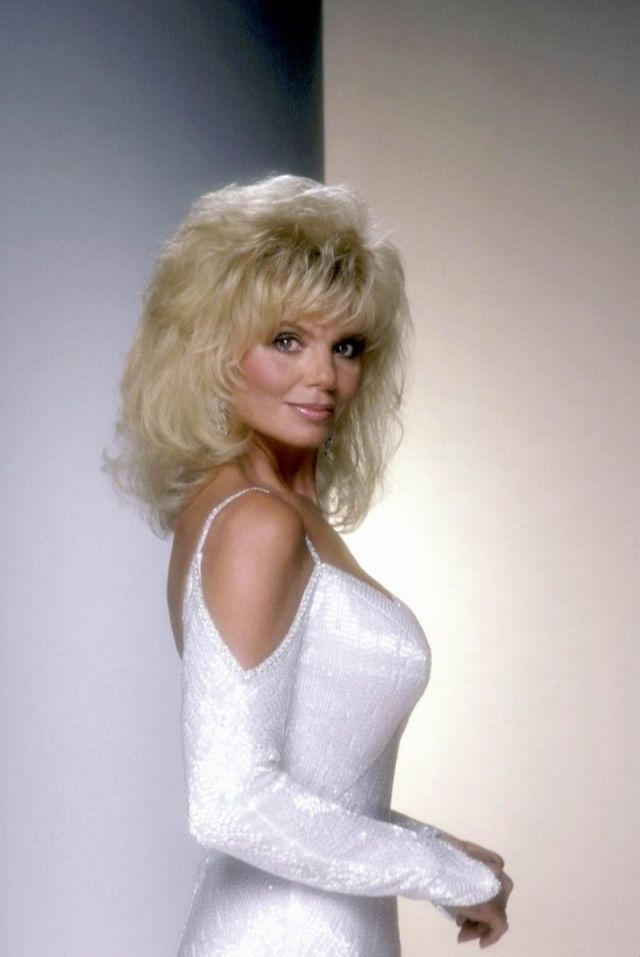 Loni Anderson Hot in White Dress