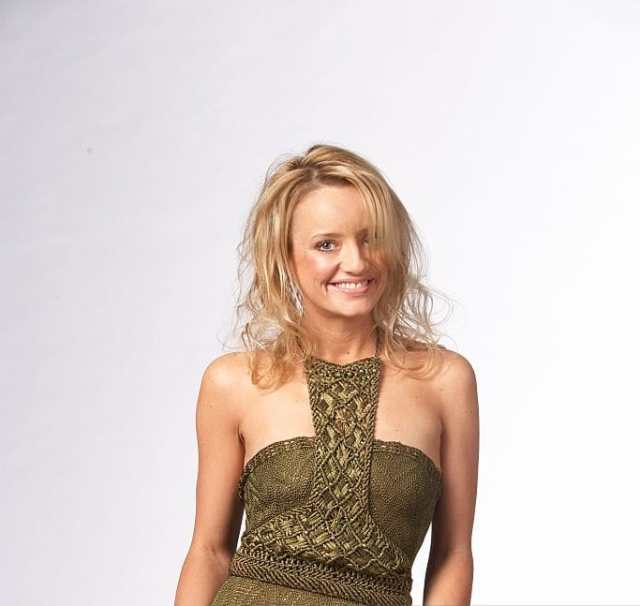 Lucy Davis sexy picture