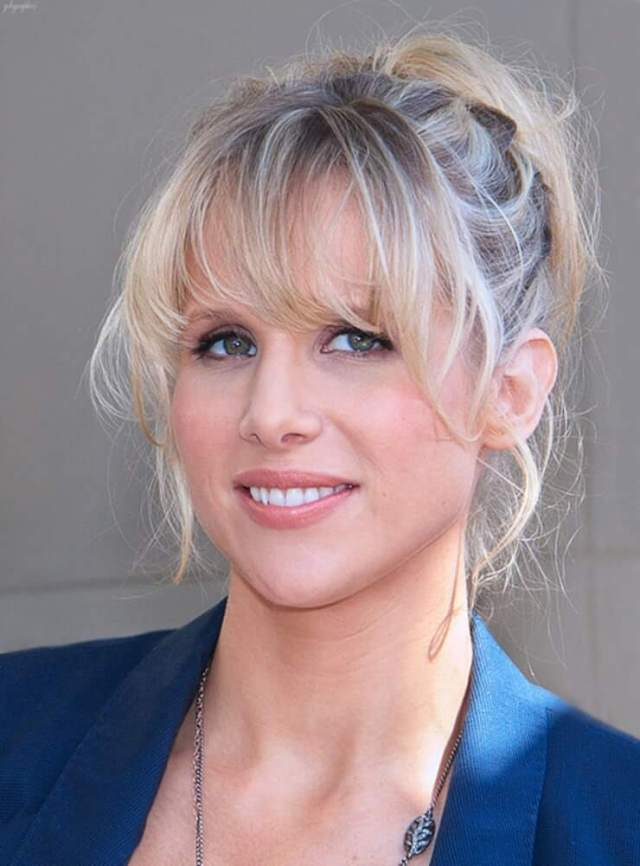Lucy Punch awesome pic