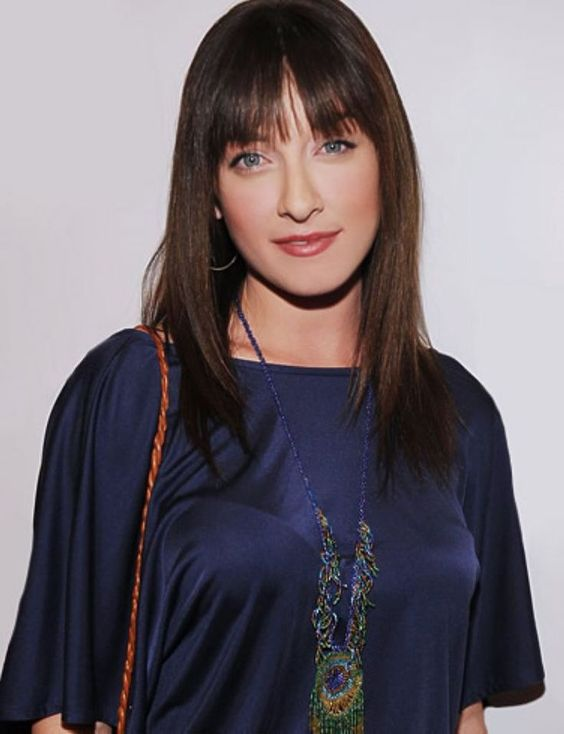 Margo Harshman Beautifull Hairstyle