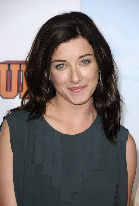 Margo Harshman Photoshoot