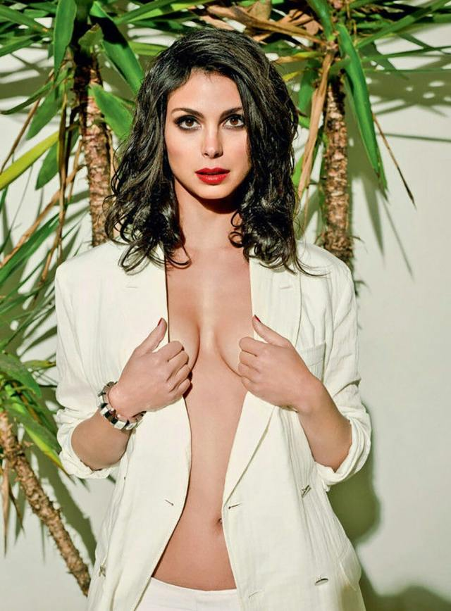 Morena Baccarin Sexy Pictures