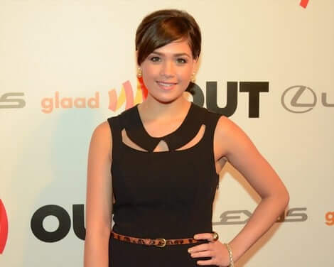 Nicole Gale Anderson awesome picture