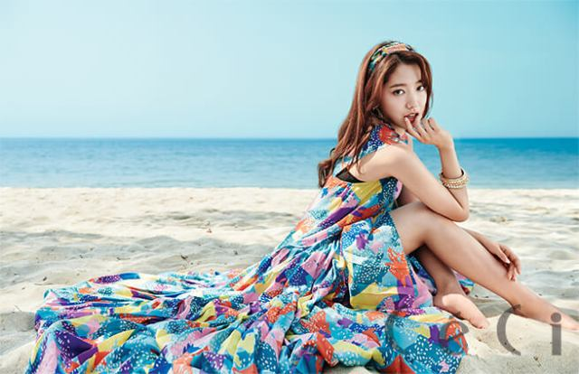 Park Shin Hye sexy side pcitures (2)
