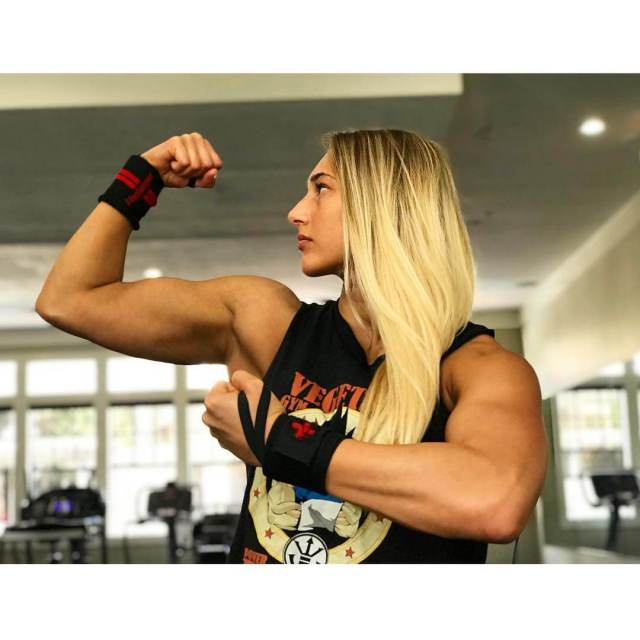 Rhea Ripley awesome pic (2)