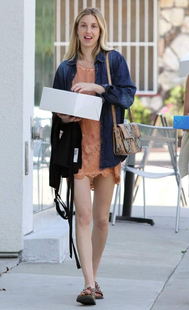 Whitney Port awosem pictures (3)