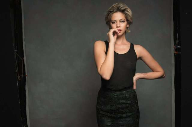 analeigh tipton sexy look