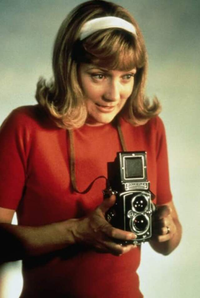glenne headly young