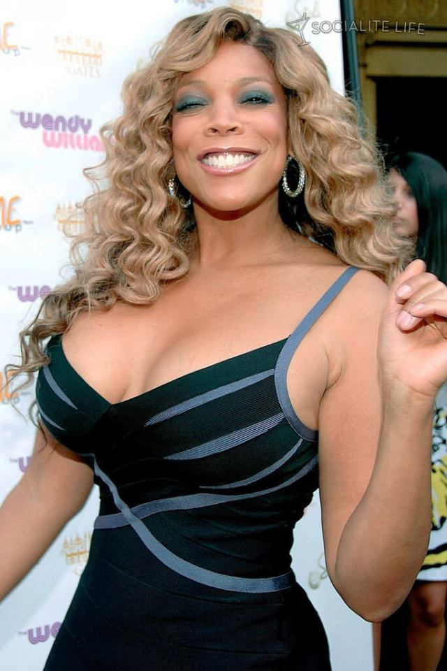 wendy williams cleavage