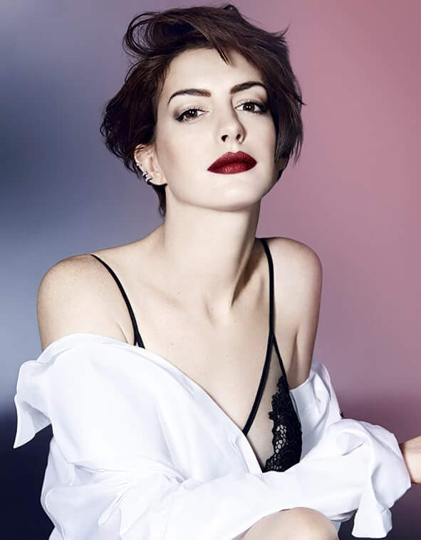 Anne Hathaway hot pic (2)