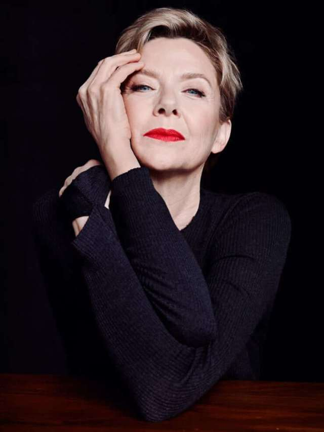Annette Bening sexy red lips