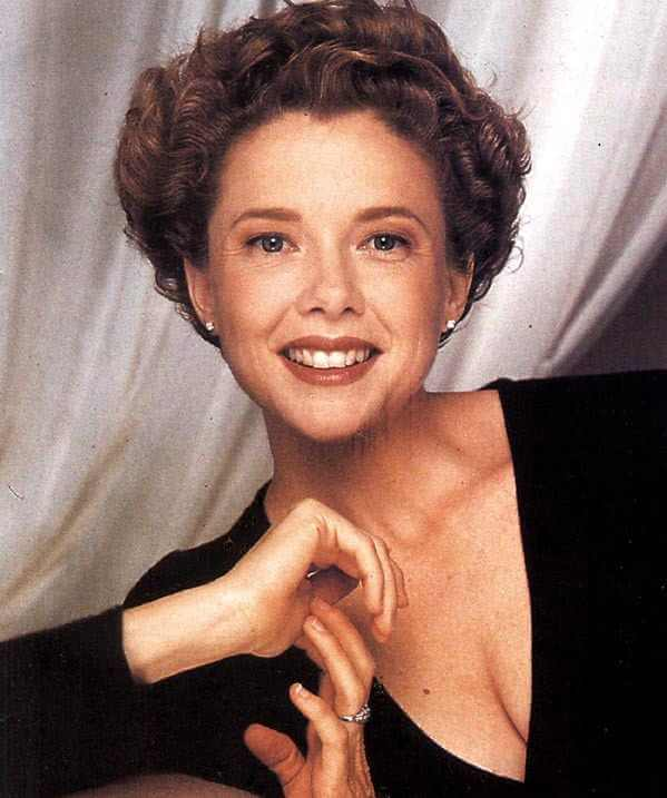Annette Bening sexy smile