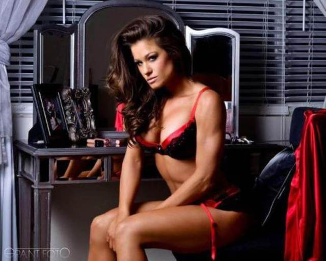 Brooke Tessmacher sexy look (2)